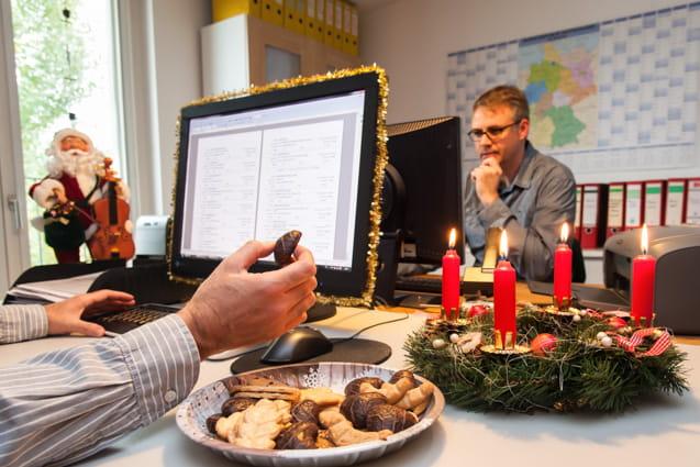 weihnachten am arbeitsplatz verbraucherinformation der d a s ergo group ag. Black Bedroom Furniture Sets. Home Design Ideas